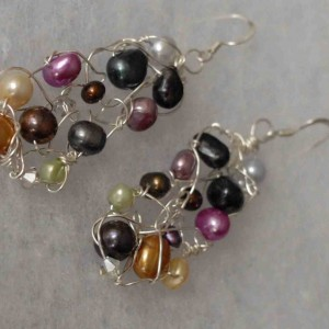 Silver Multi Pearl Knit Earrings